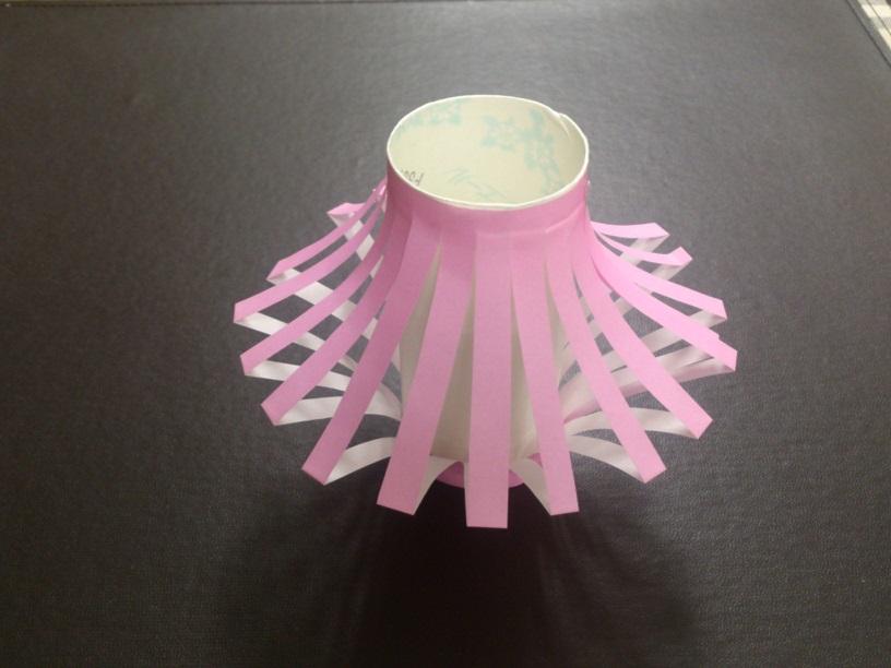 真中にトイレットペーパーの芯 ... : 七夕飾りの作り方 ちょうちん : 七夕