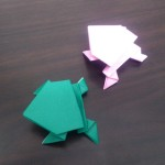 折り紙のカエルの折り方♪簡単な跳ねるカエルの作り方!