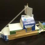 牛乳パックで工作!簡単に作れるゴム動力船の作り方!