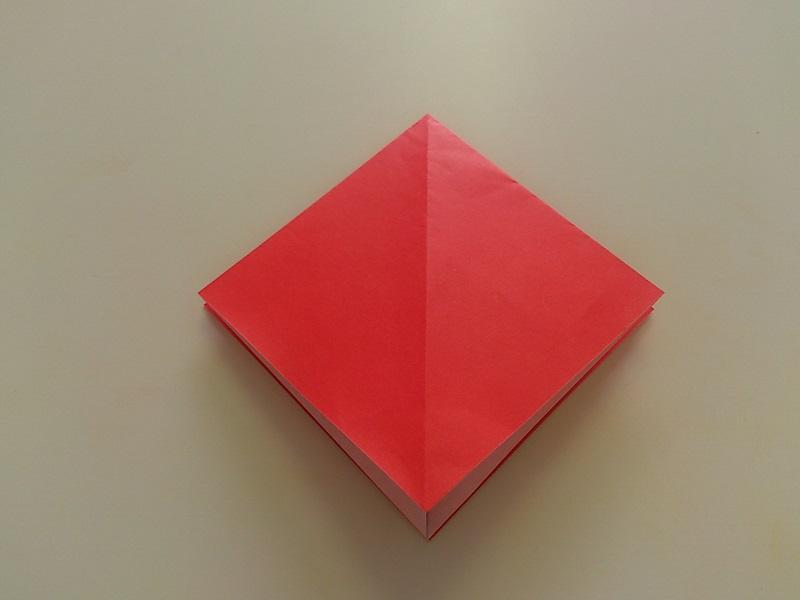 すべての折り紙 折り紙 立体 バラ : もう一方も三角を開いて四角に ...