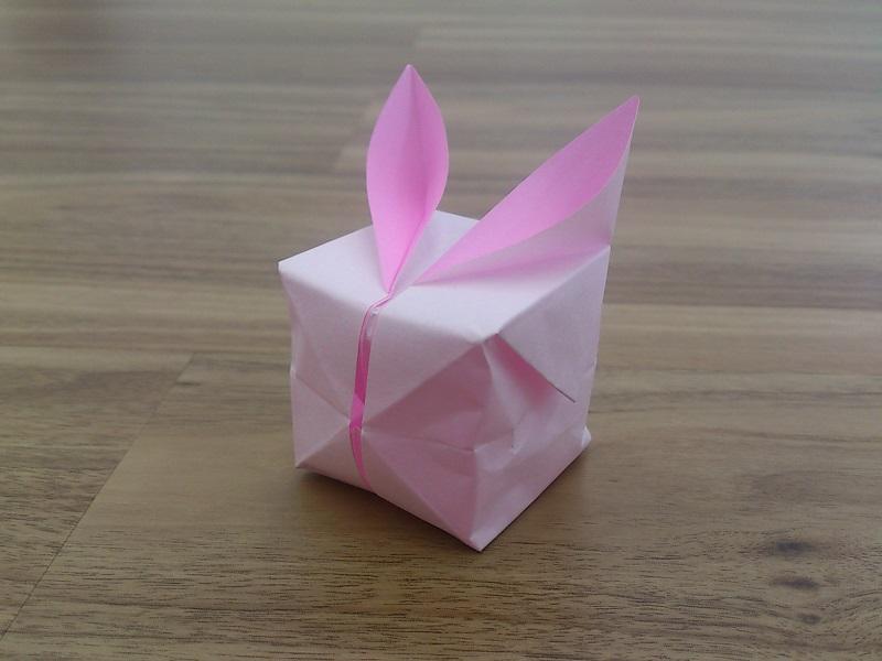 すべての折り紙 折り紙簡単2歳 : 膨らませて、耳を広げれば完成 ...